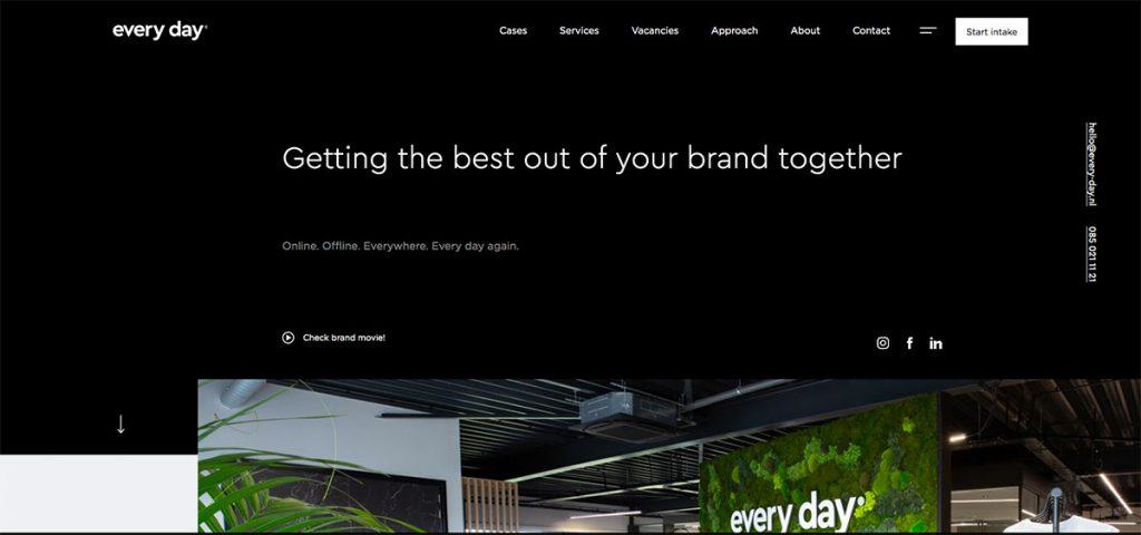 , 20 Best Portfolio Websites To Effectively Reinforce Brand 2020, Rojak WP
