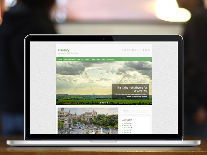 travelify-macbook-2