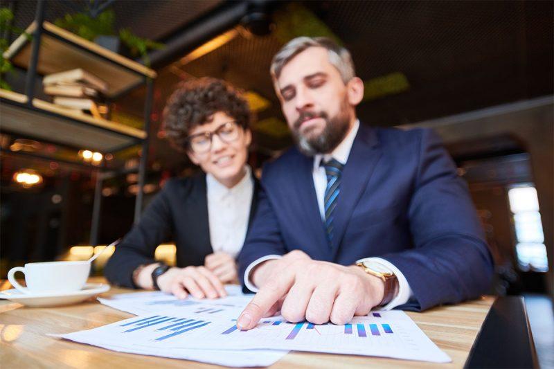 Financial Consultor WordPress Themes