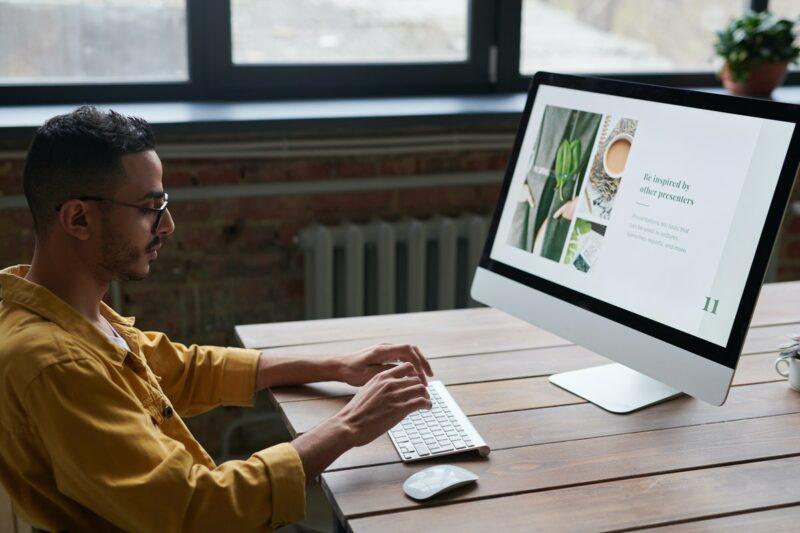 Full-Width WordPress Themes