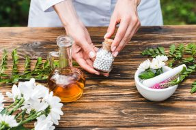 Alternative Medicine WordPress Themes