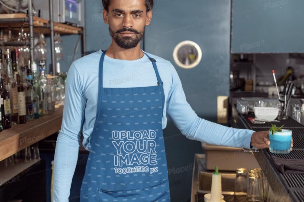 apron mockup featuring a barista