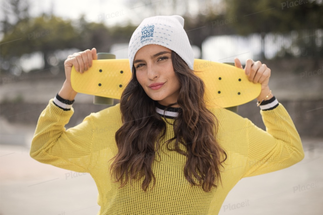 beanie mockup of a skater woman