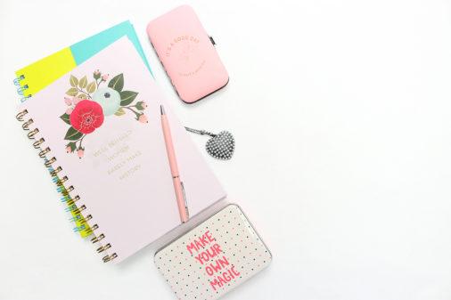 Feminine And Girly WordPress Themes