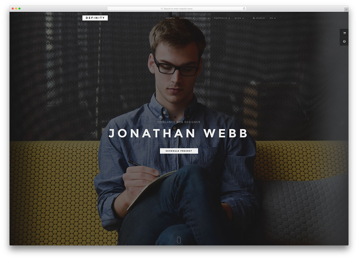 Definity Fullscreen Resume Website Template