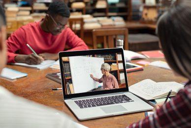 E-learning WordPress Themes