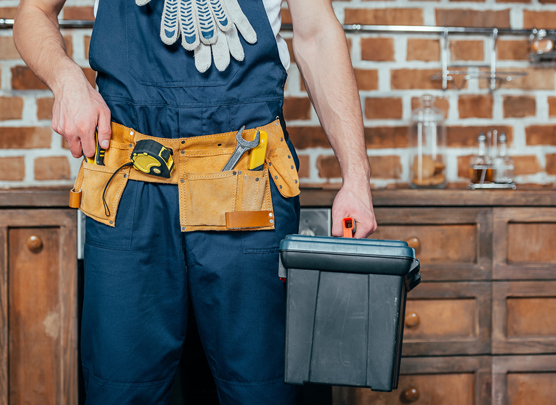 31 House Maintenance Services WordPress Themes