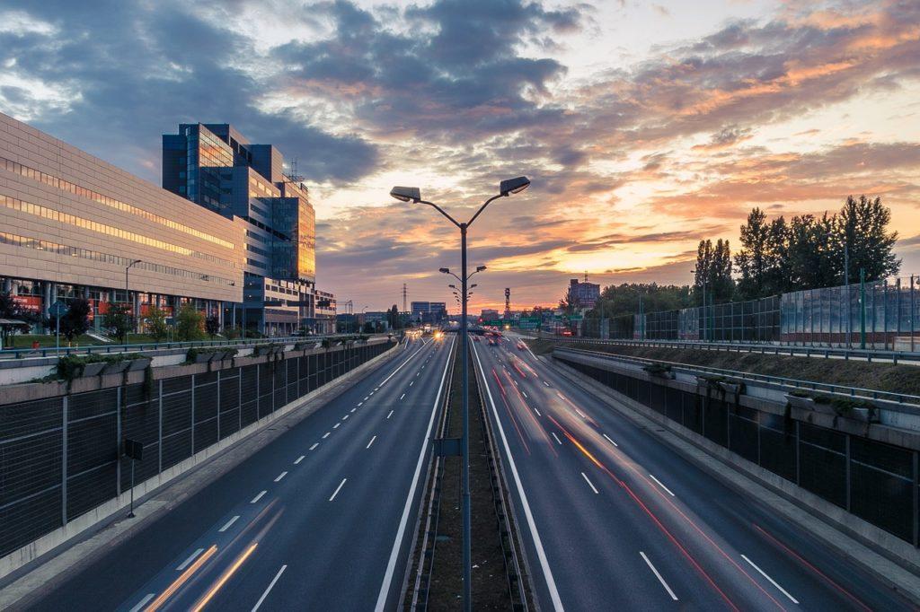 highway-919073_1280