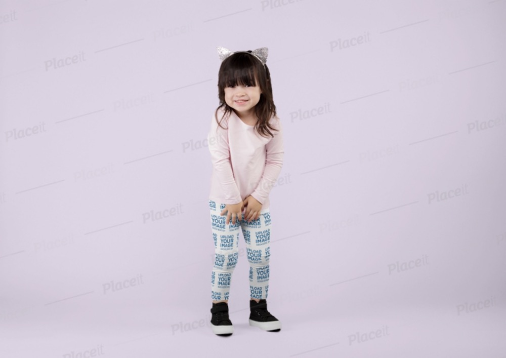 leggings mockup of a little girl