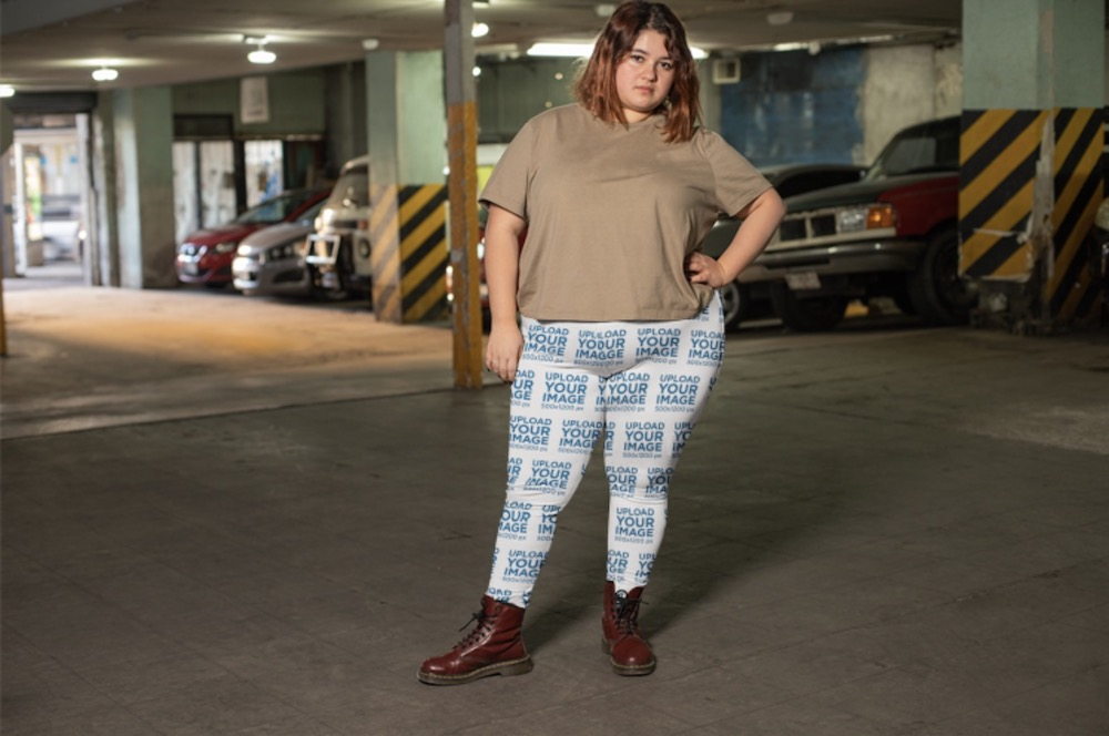 mockup of a girl wearing plus size leggings