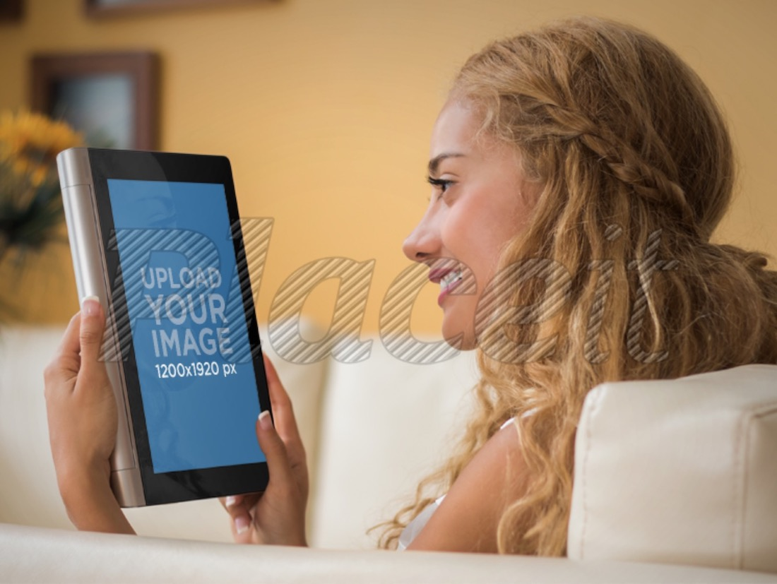 mockup template of young woman using lenovo tablet