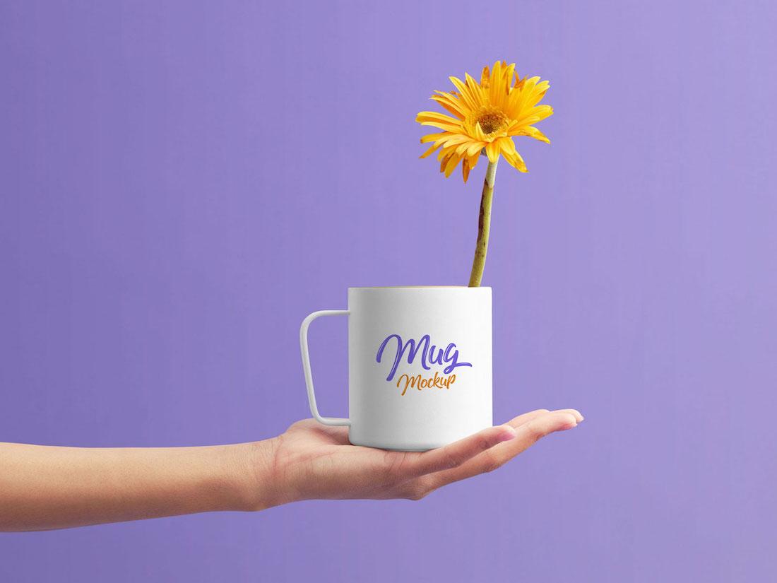 mug on female hand psd mockup