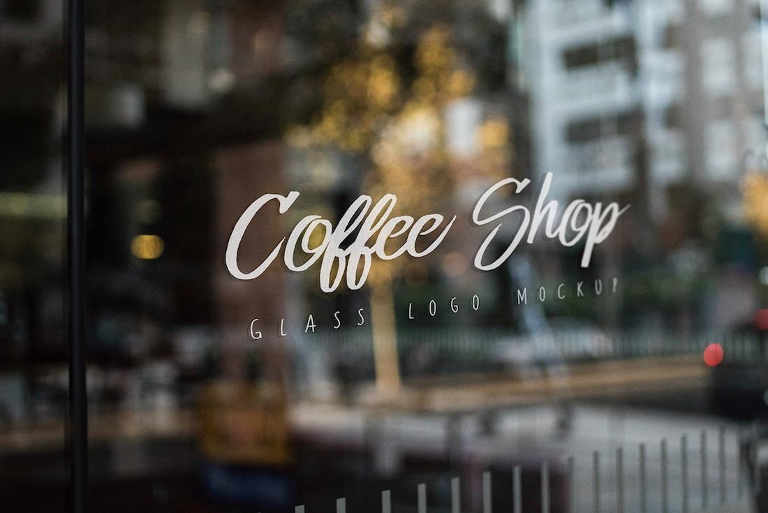 shop window mockup freebie